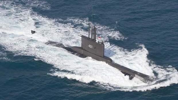Индонезия ищет свою пропавшую боевую субмарину с53 моряками
