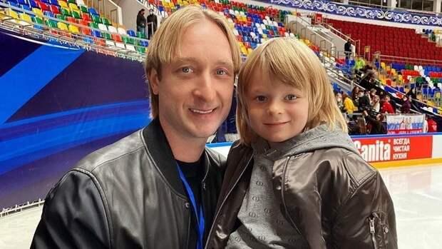 Плющенко опубликовал новое фото сГном Гномычем накатке