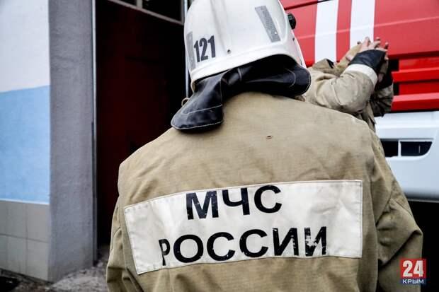 В Севастополе потушили пожар в пристройке возле храма