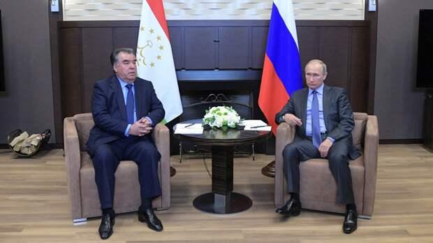 Путин в беседе с президентом Таджикистана поднял вопрос трудоустройства мигрантов