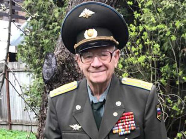 Военный ученый Синицын рассказал о голоде, бандитизме и гибридном дирижабле