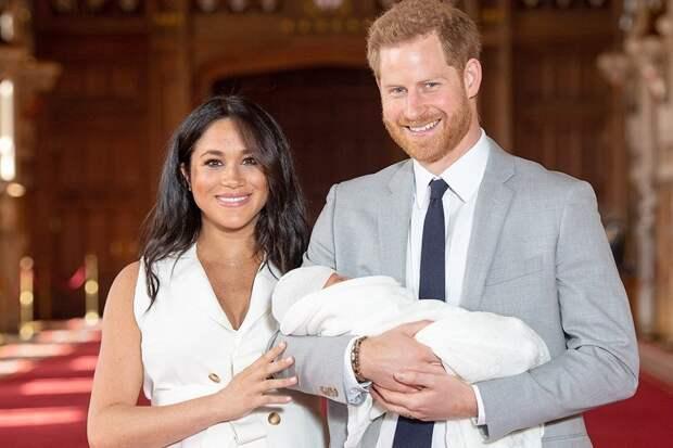 Принц Гарри и его супруга Меган показали первенца