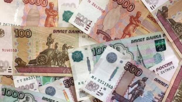 Путин объявил о новых выплатах семьям с детьми. Кому и сколько будут платить?