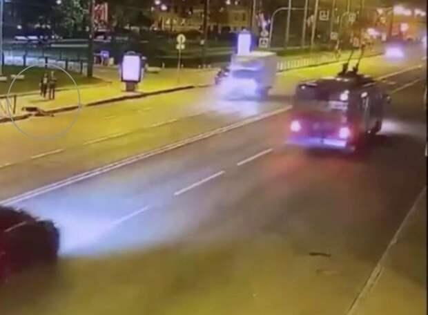 Появились подробности и видео ЧП с солистом Мариинского театра, впавшим в кому после падения с электросамоката