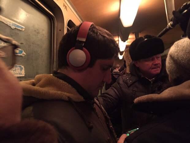 ГИБДД освобождала путь через пробку трамваю с мэром Саратова