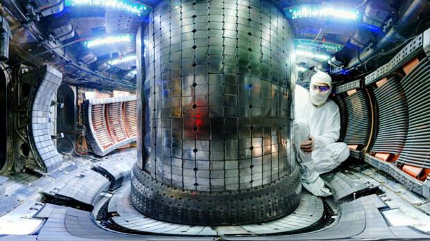 Россия запустила термоядерный реактор Т-15МД. Один из первых в мире
