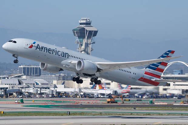 Жительнице США грозит около 20 лет тюрьмы за избиение стюардессы