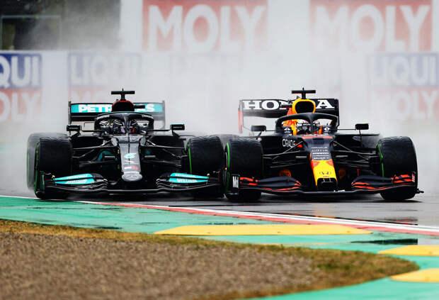Какую серьезную проблему Mercedes выявил дождь в Имоле?