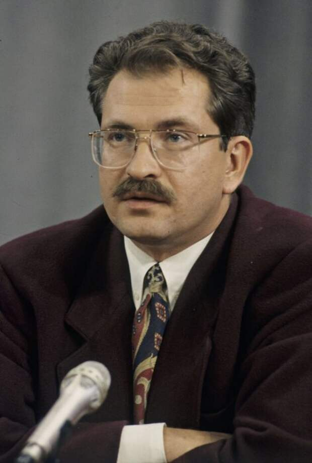 Владислав Листьев 90-е, звёзды тв, цена успеха