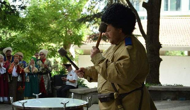 Под Симферополем устроят праздник с казачьими забавами и кухней