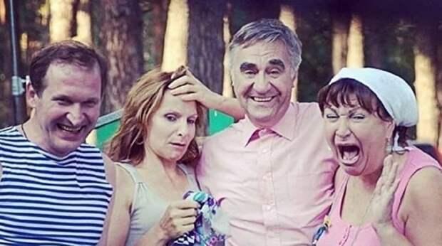 «Подельникам Зеленского можно» – сериал «Сваты» сначала украинизировали, а потом быстро передумали