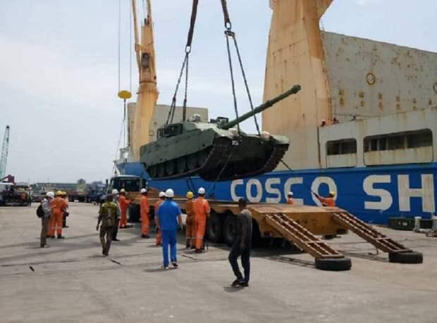Экспортные успехи танка VT-4 (Китай)