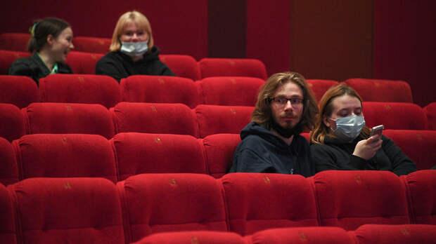 СМИ сообщили о планах властей ввести паспортный режим в театрах Москвы