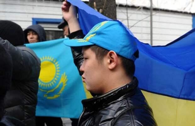 Казахские националисты пригрозили депутатам Госдумы и российским офицерам