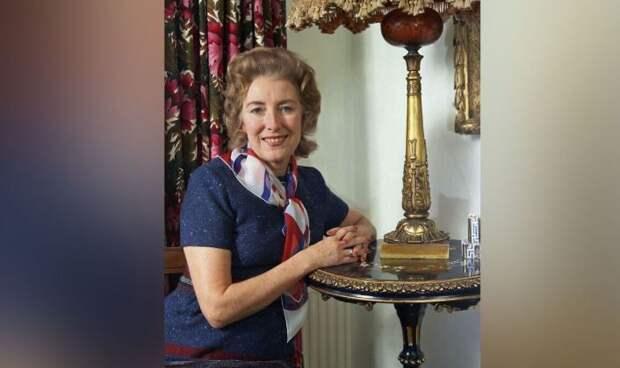 Британская певица Вера Линн скончалась на 104-м году жизни