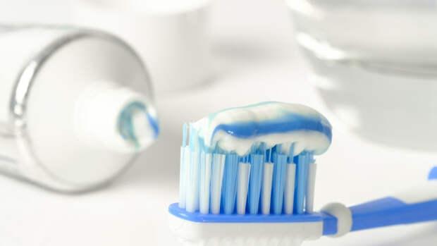 Стоматолог рассказал о правилах выбора эффективной зубной пасты