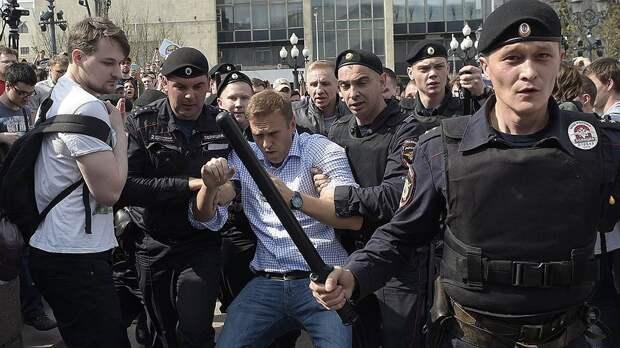 6 фактов о том, почему силовики с удовольствием избивают протестующих