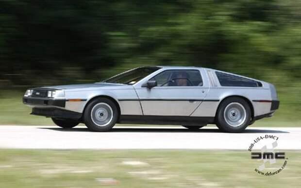 Водитель DeLorean разогнался выше 88 миль/ч, но полиция не оценила