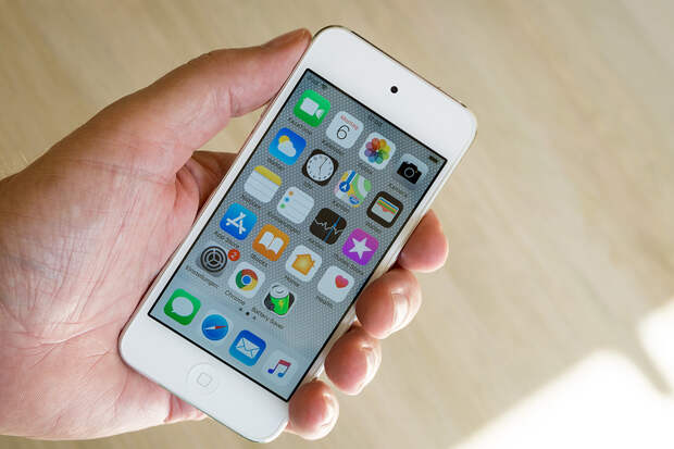 Apple обновит «древние» iPhone до iOS 15