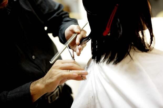 Парикмахер назвал идеальные стрижки для каждого типа волос