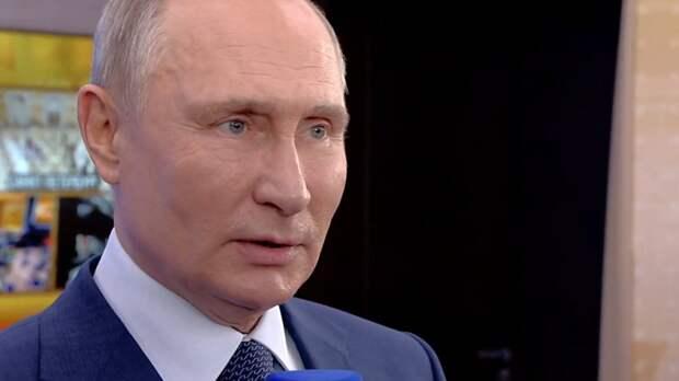 Путин заявил о сдержанном поведении России на международной арене