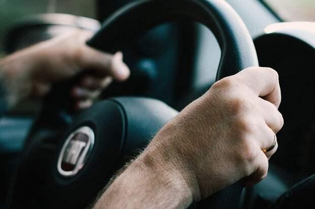 Конспирация и радиосвязь: группа угонщиков из Татарстана похищала автомобили в Удмуртии