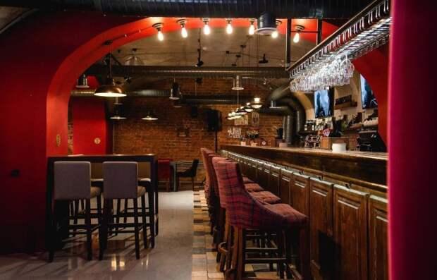 Питерские бары гибнут от действий Елина