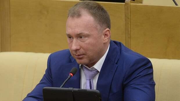 Депутат Госдумы обвинил власти РФвсокрытии реального числа заразившихся коронавирусом