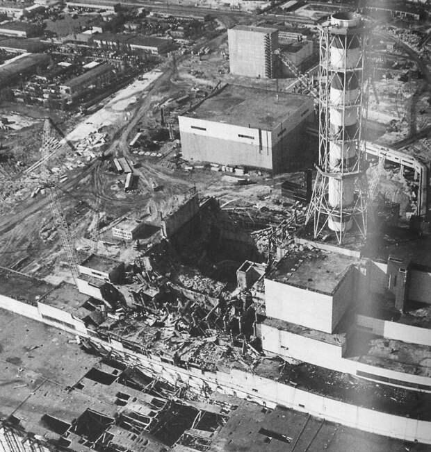 Разрушенный  энергоблок. Фото  из  открытых  источников.