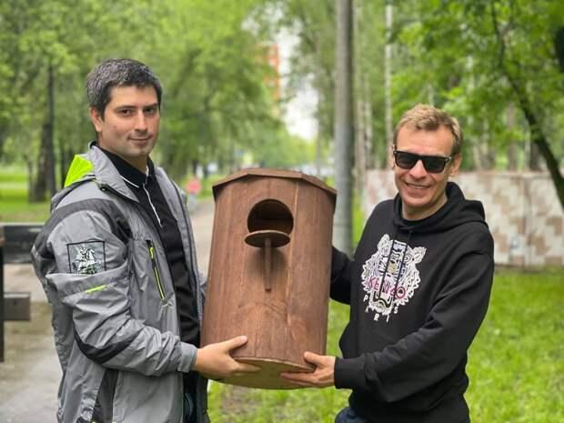 Глава Лосинки проверил состояние домов на Стартовой