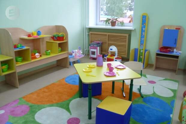 Более половины детсадов и школ Ижевска подключили к отоплению