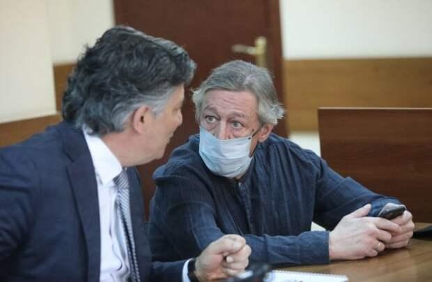 Экс-судья рассказал, чем Ефремову грозит версия об «энергетической дыре»