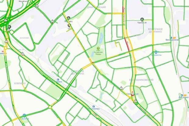 Утром 2 июня загруженность Коровинского шоссе составляет три балла