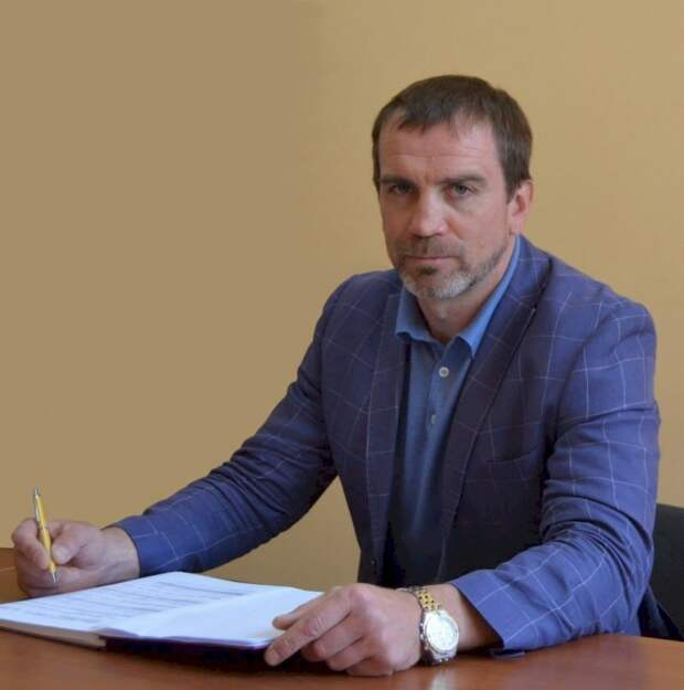 Депутат вызвал на дуэль избирателя, но вместо себя прислал чемпиона по боксу (ВИДЕО)