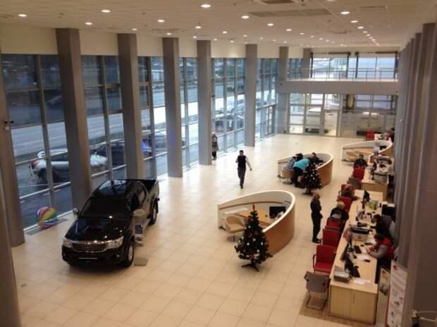Новые поступления автомобилей к дилерам ожидаются к февралю-марту 2015 года