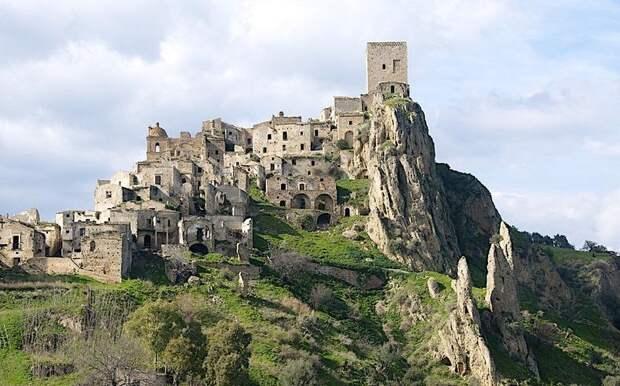 12 итальянских городов-призраков