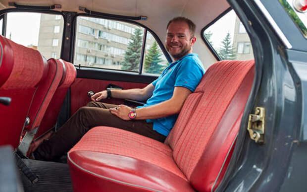 Почему меня не пускают за руль Волги ГАЗ-24?