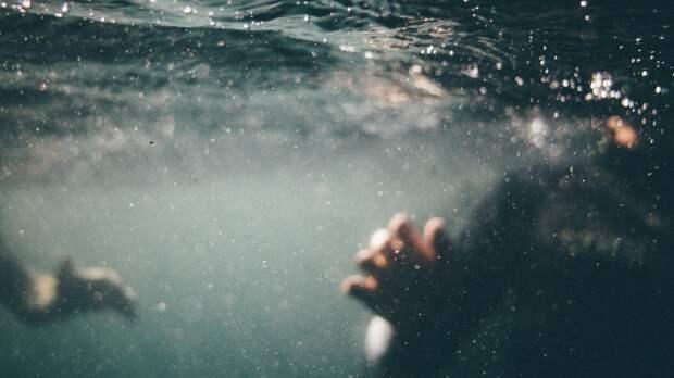 Спасатели обнаружили тело утонувшего ребенка под Вологдой