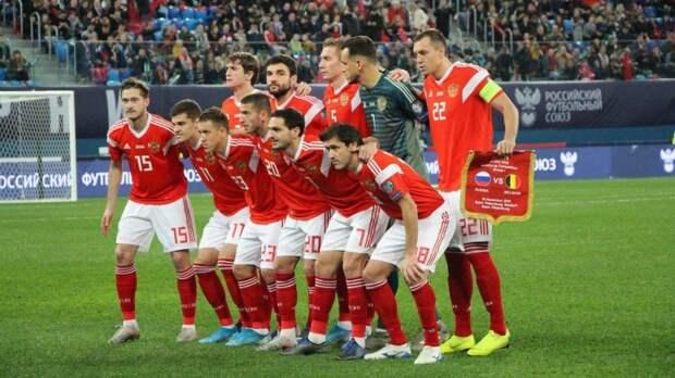 Дзюба и Головин попали в стартовый состав сборной России на контрольную игру с Болгарией