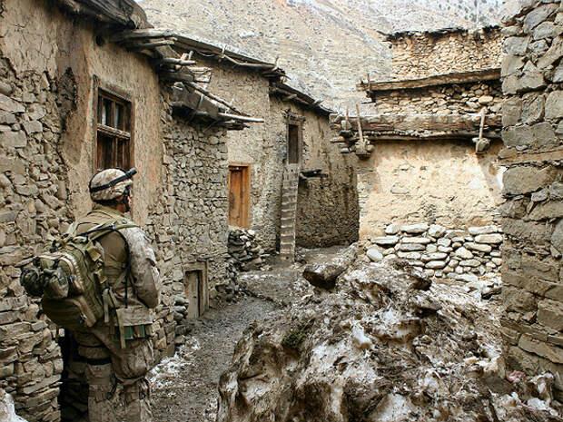 США решили эвакуировать дипломатов из Афганистана перед выводом войск