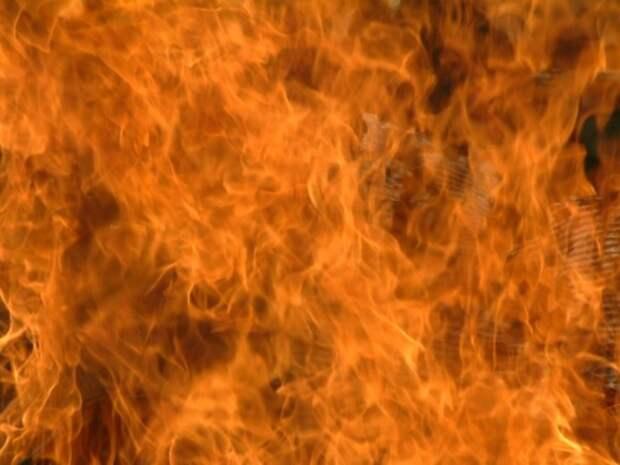 В Новосибирске три человека стали жертвами пожара в квартире