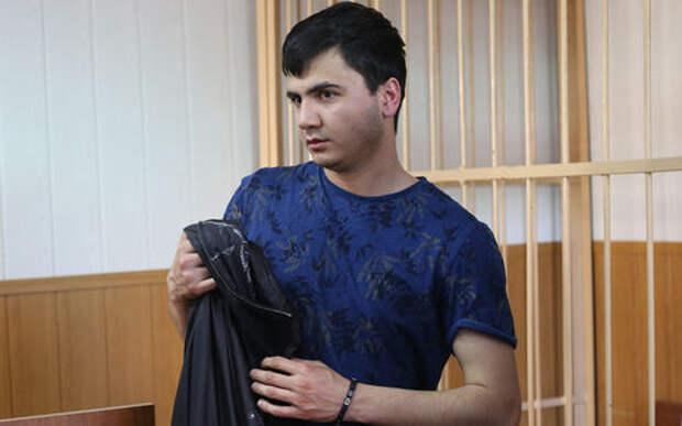 Участника гонок на Гелендвагене выдворили из России