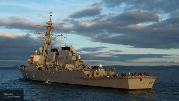 Пилоты и моряки США провели совместные учения в Черном море