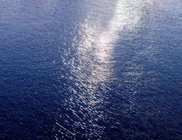 ВМС США открыли в Персидском заливе огонь в сторону кораблей Ирана
