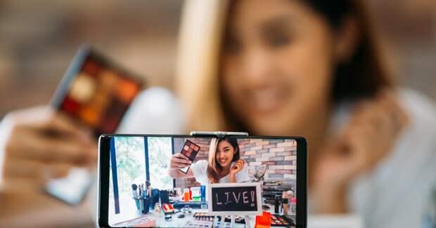 Соцсети брендов оказывают серьезное влияние на выбор косметики — исследование