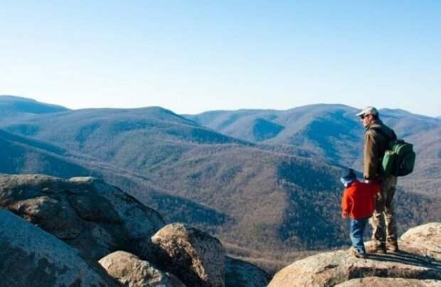 Как отправиться в горы с ребенком и вернуться только с положительными эмоциями