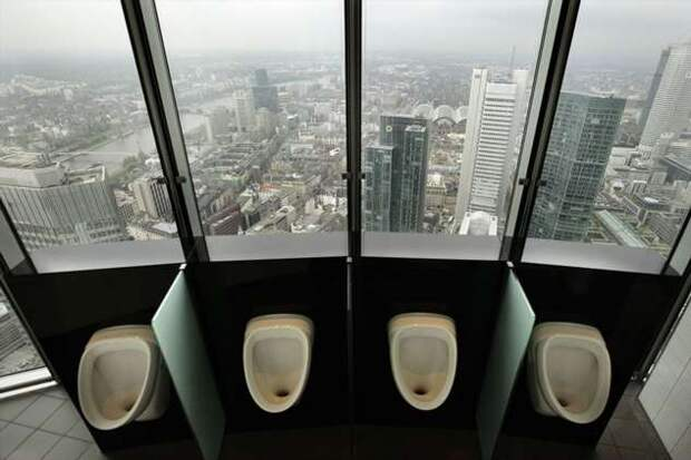 Туалетные комнаты из разных уголков мира, которые потрясают роскошными видами