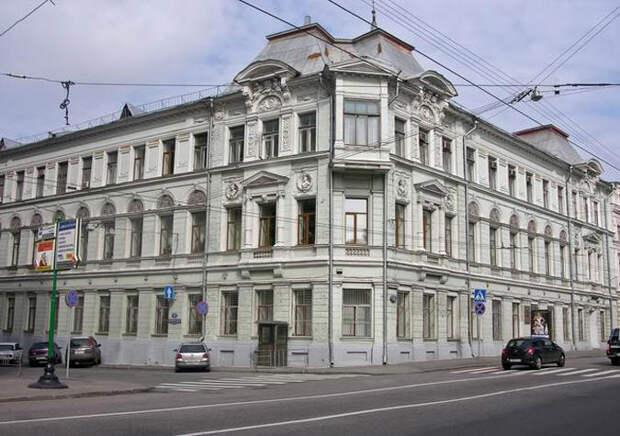 Первое здание ВЧК в Москве: дом № 11 по Большой <strong>лубянке</strong>
