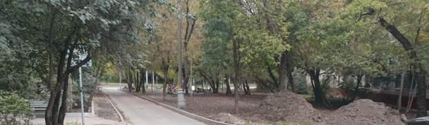 На Живописной уложат новый асфальт и обновят газон