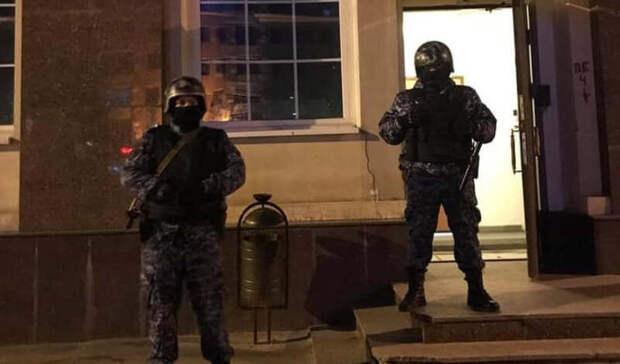 Полиция в Москве ворвалась на сцену во время спектакля о протестах в Белоруссии